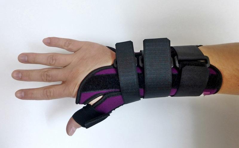 20152e55262 Ortéza zápěstí a palce ruky Ortex 028 fixační s dlahou